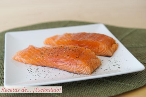 Receta de salmon marinado al eneldo