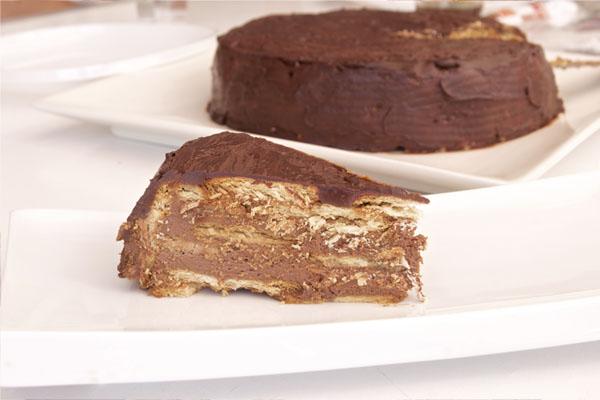 Tarta de galletas y chocolate fácil