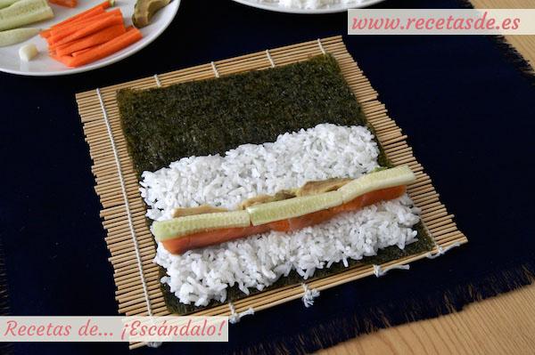 Pepino en el maki sushi