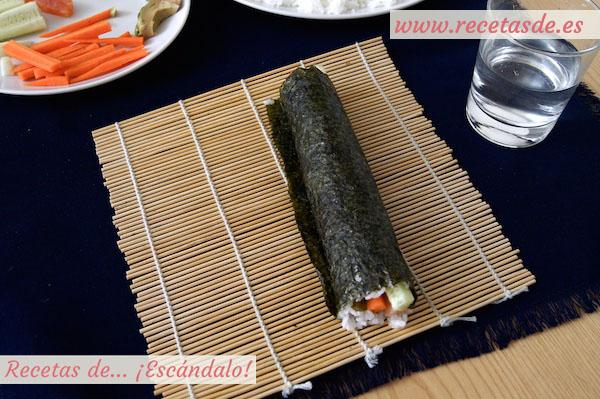 Sellado del maki sushi