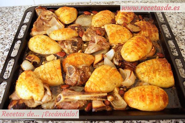 Asado de chuletas de cordero al horno con patatas y - Chuletas de cordero al horno ...