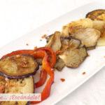 Verduras a la plancha salteadas con crujiente de jamón