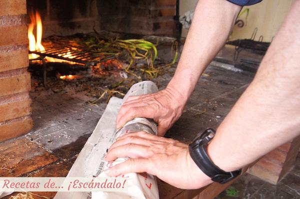 Calçots cocinandose en su propio vapor