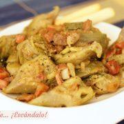 Alcachofas con jamon y cebolla