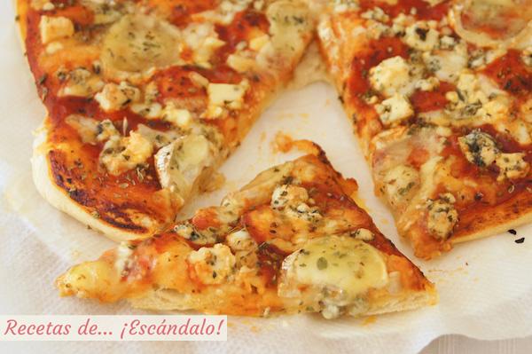 Pizza 4 quesos con masa de pizza casera
