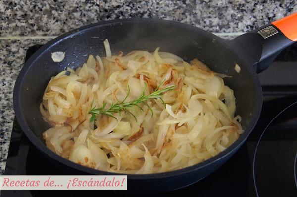 Pochando cebolla