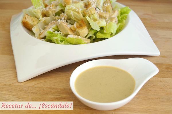 Ensalada cesar con su salsa, la receta original
