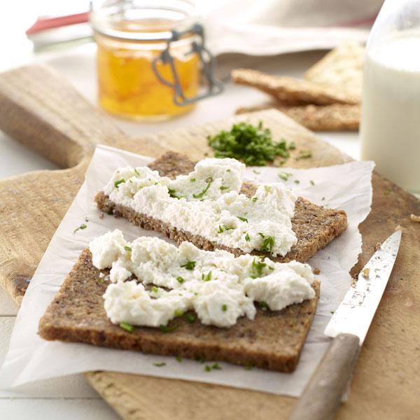 0220100-kit-cheese-maker-queso-casero-microondas-utensilios-libro-lekue-10