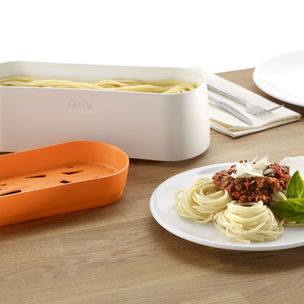Recipiente para cocinar pasta en el microondas pasta for Cocinar en microondas