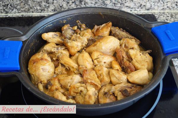 Como hacer pollo en salsa al ajillo
