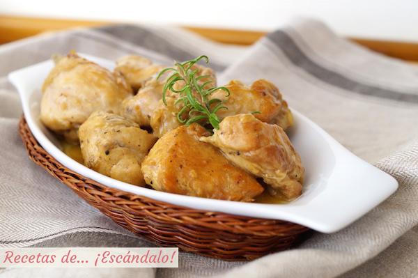 Pollo en salsa al ajillo