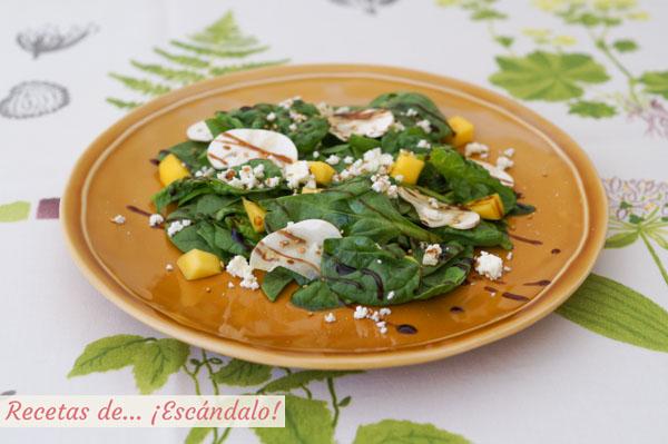 Receta de ensalada de espinacas frescas con champinones y mango