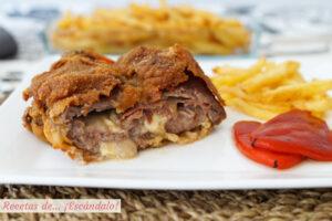 Cachopo asturiano de ternera con pimientos del piquillo y patatas fritas