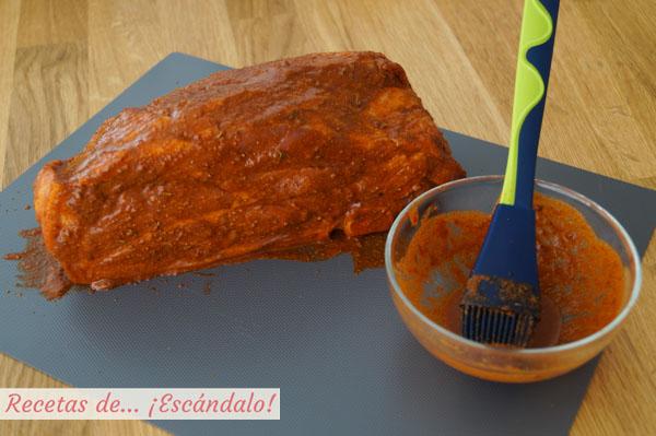 Carne de cerdo marinada con especias