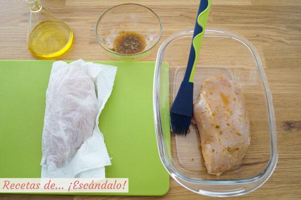 Pechugas de pollo jugosas al horno