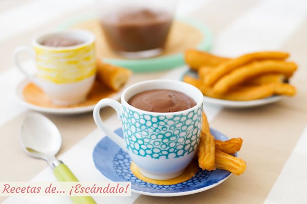 Como hacer churros con chocolate a la taza. Receta casera