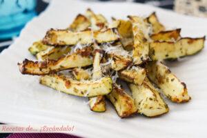 Calabacines al horno con queso parmesano. Receta facil y saludable