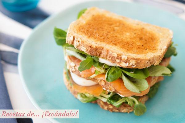 Como hacer el sandwich Ses Illetes de salmon, aguacate y huevo duro