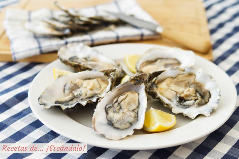 Aprende como abrir ostras y como comerlas