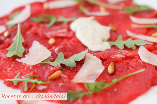 Como hacer carpaccio de solomillo de ternera con queso parmesano y salsa tartara