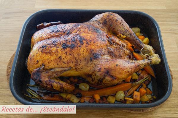 Pollo relleno al horno asado