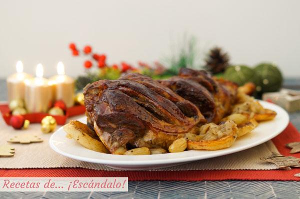 Receta de pierna de cordero al horno con patatas y uvas