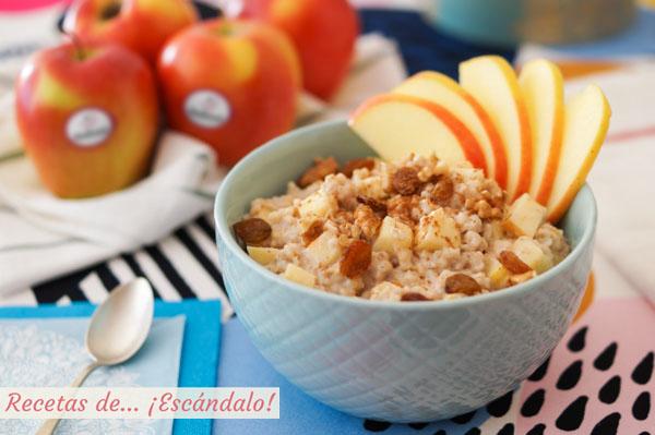Receta de porridge de avena o gachas de avena con manzana y canela