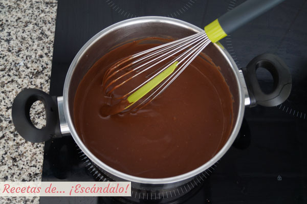 Chocolate para tarta tres chocolates