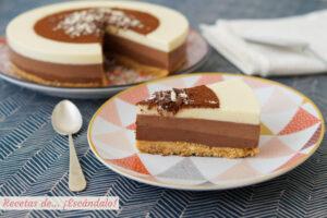 Tarta de tres chocolates paso a paso. ¡Receta muy fácil!