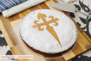 Tarta de Santiago casera. Receta tradicional gallega