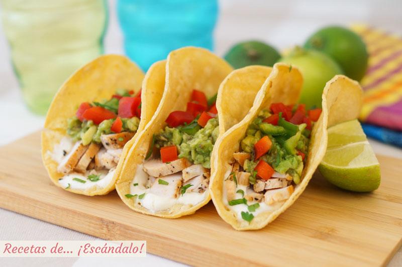 Tacos De Pollo Con Aguacate Pimientos Y Crema Agria Recetas De