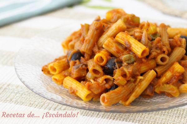 Receta de pasta con verduras al estilo caponata siciliana
