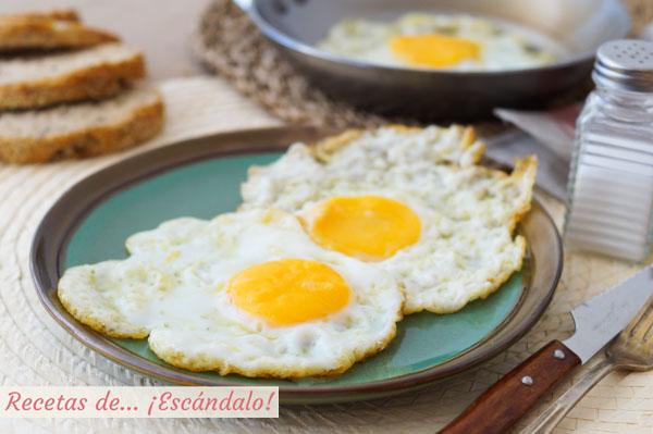 Aprende como hacer un huevo frito perfecto, con trucos y consejos