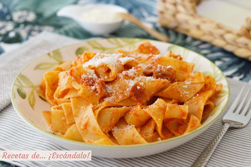 Pappardelle A La Amatriciana Una Salsa Deliciosa Italiana
