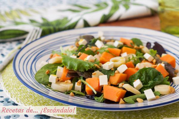 Receta de ensalada de papaya con queso feta y palmito