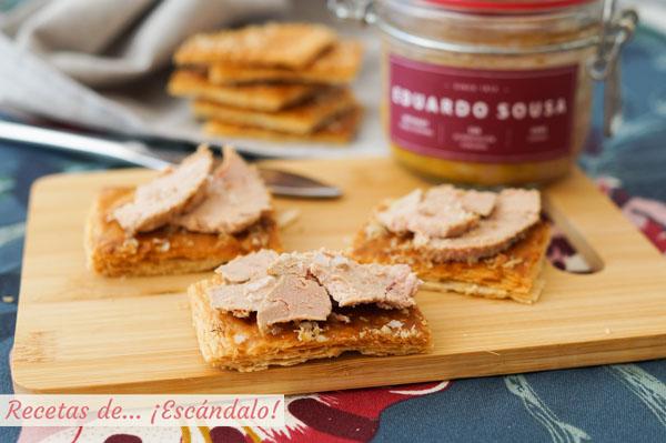 Receta de tostas de hojaldre crujientes con nueces, ideales para canapes