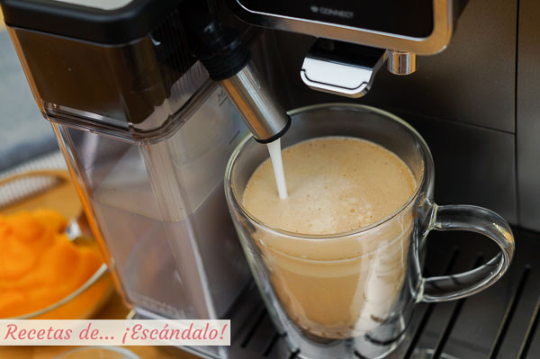 Cafe con leche, calabaza y especias