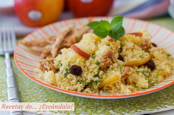 Como hacer cuscus con manzana, hierbabuena y pechuga de pollo a la plancha