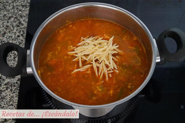 Sopa minestrone con pasta