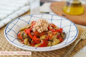 Escalivada de verduras al horno con atun y vinagreta dulce