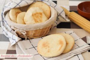 Pan de pita casero o pan árabe. Receta muy sencilla paso a paso