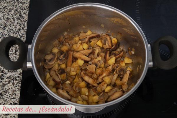 Sofrito para risotto de setas y manzana