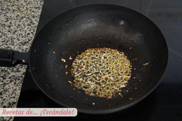 Imbieras ir česnakas kiniškam receptui