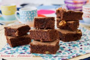 El mejor brownie con Thermomix, con nueces y humedo, delicioso