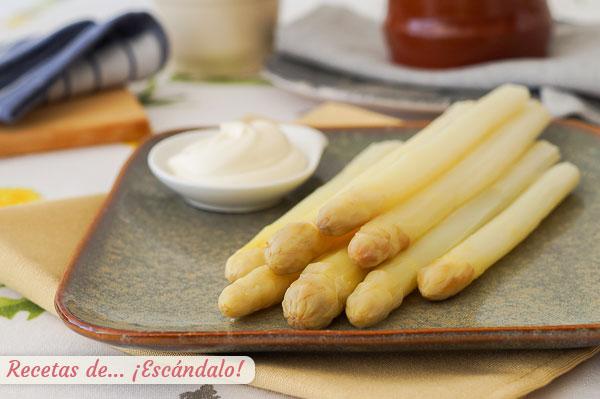 新鮮なホワイトアスパラガスのレシピ、美味しい